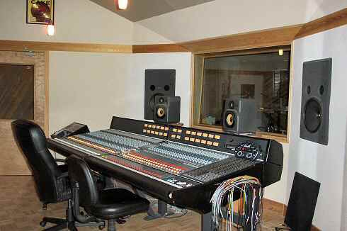 Acoustic Treatment And Design For Recording Studios And Listening Rooms Small Home Recording Studio Designgouldsfloridacom